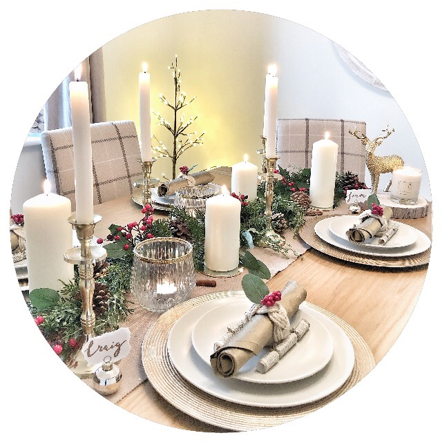 Christmas Table Decor with Dobbies Garden Centres